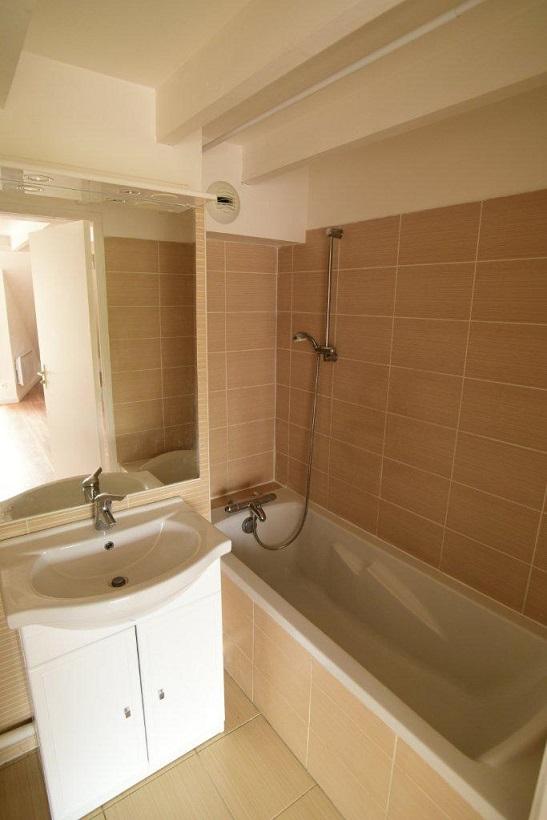r novation int rieure et installation parquet flottant dourdan artech habitat. Black Bedroom Furniture Sets. Home Design Ideas