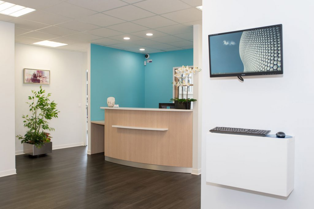 transformation local en cabinet dentaire artech habitat. Black Bedroom Furniture Sets. Home Design Ideas