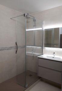 Travaux de rénovation d'une salle de bain dans le 92