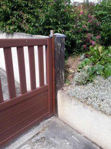 Poteau gauche avant rénovation portail