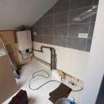 Travaux en cours de réalisation pour la création d'une douche